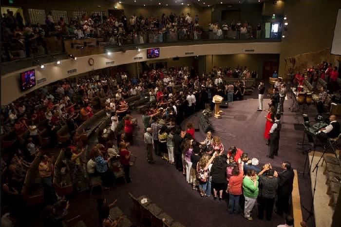 Singles church service Single Adults, Gateway Church